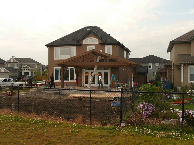 Samuelson Timberframe Design - Calgary Outdoor Living Room timber frame